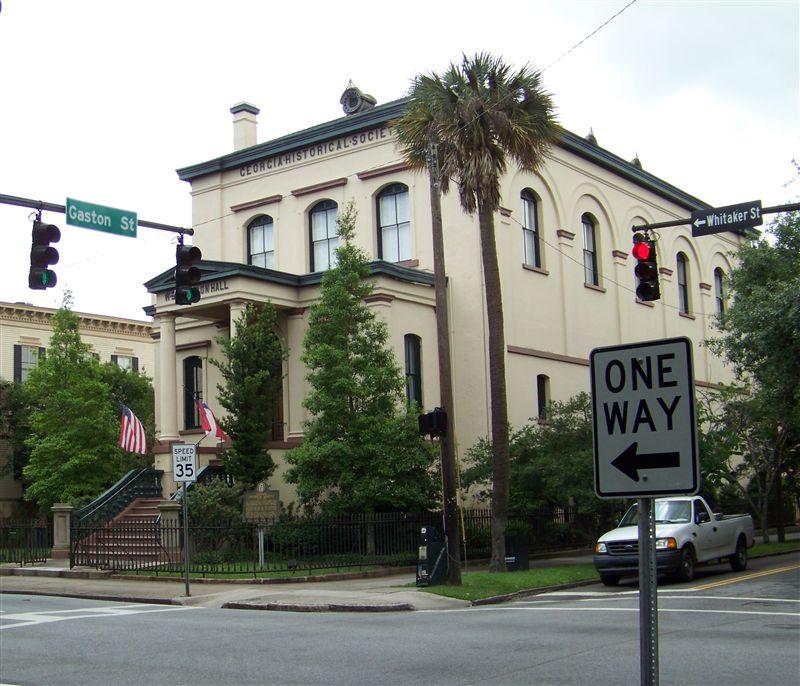 Retired And Lovin' It: GASTON STREET In SAVANNAH, GA
