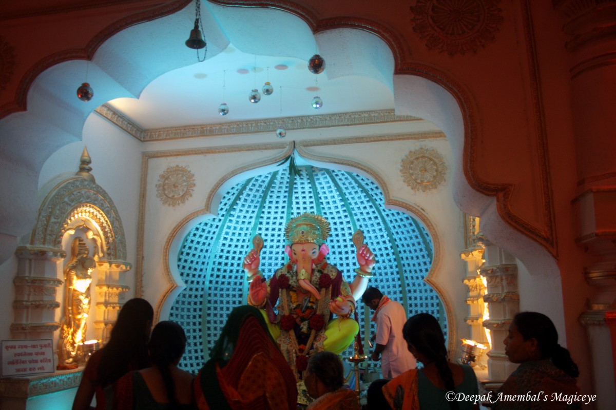 Ganpati Decoration Ideas With Flowers