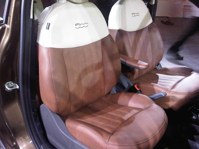US Fiat 500 Lounge Seats - First North American image