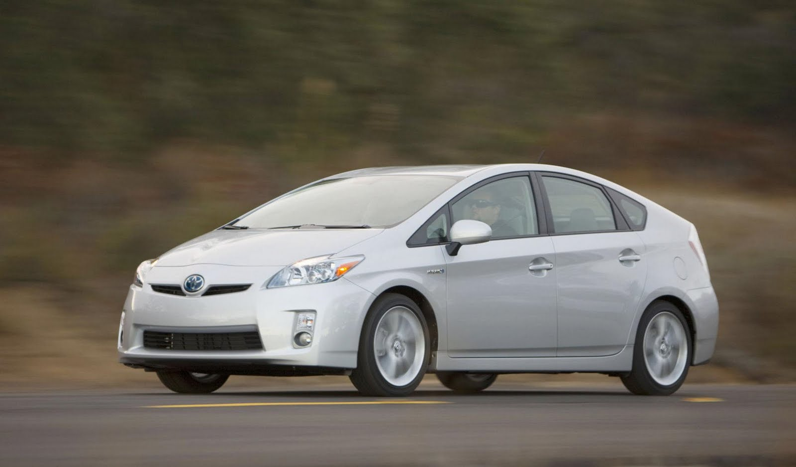 how many miles per gallon does a 2015 hybrid prius get autos post. Black Bedroom Furniture Sets. Home Design Ideas