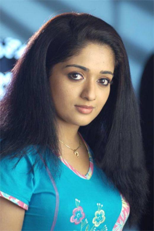 Beautiful Hot And Sizzling Kavya Madhavan Latest Hot Photos-9042