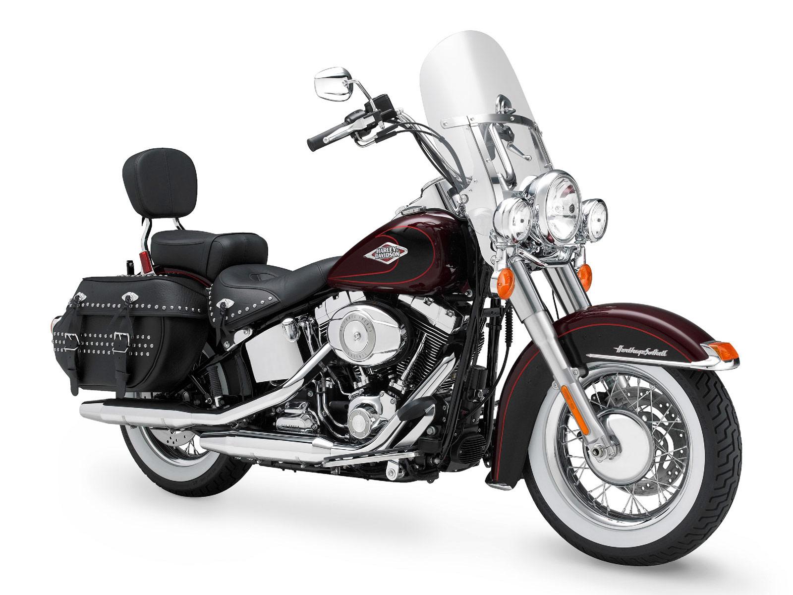 Harley Davidson Softail: MOTORCYCLE BIG BIKE: 2011 Harley Davidson FLSTC Heritage