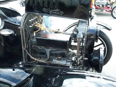 Outra fotografia do mesmo motor de Ford T