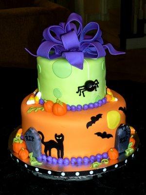 halloween cakes pictures Topsy Turvy Halloween Cakes Halloween - halloween birthday cake ideas