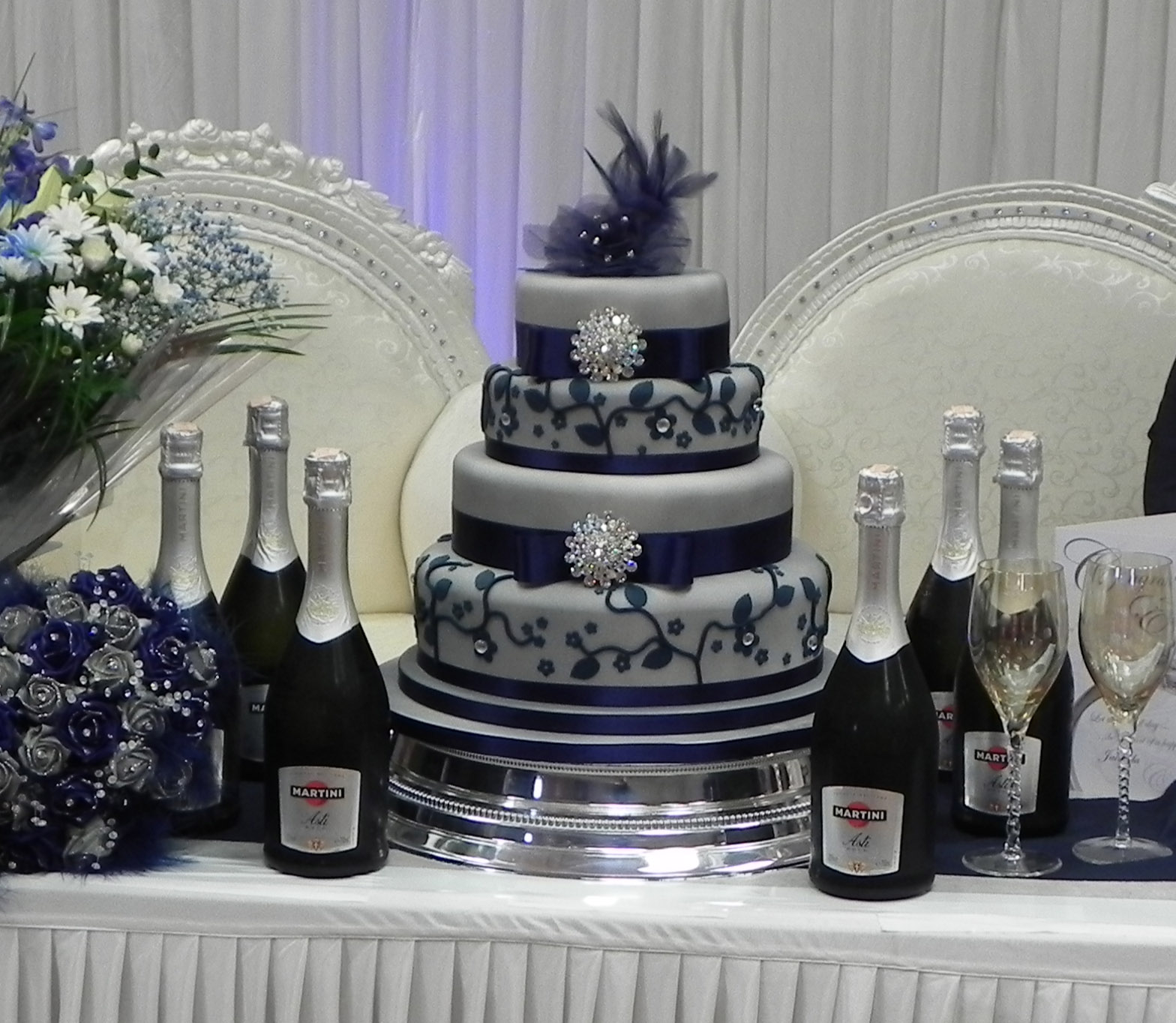 Silver Wedding Dresses For Older Brides: Cake By Lisa Price: Silver And Blue Wedding Cake