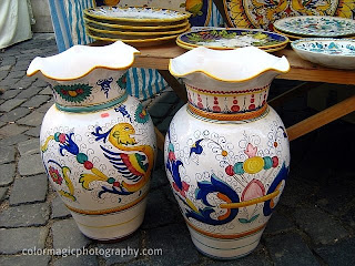 Ceramic vases from Korond (corund) at a market place