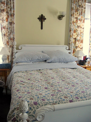 The Reasonably Clean House: Did you guess that we'd start in your bedroom?
