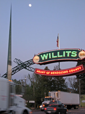 willits chatrooms There's always live chat in our live chat rooms just call the toll free live chat number, and connect with friends you in our live chat rooms   willits.