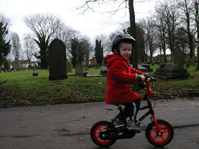 kingston cemetery portsmouth riding my first bike