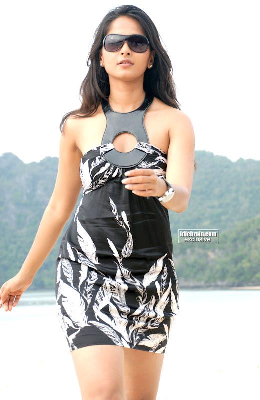 Latest Anushka In Bikini - Telugu Actress In Modern Outfit Photos