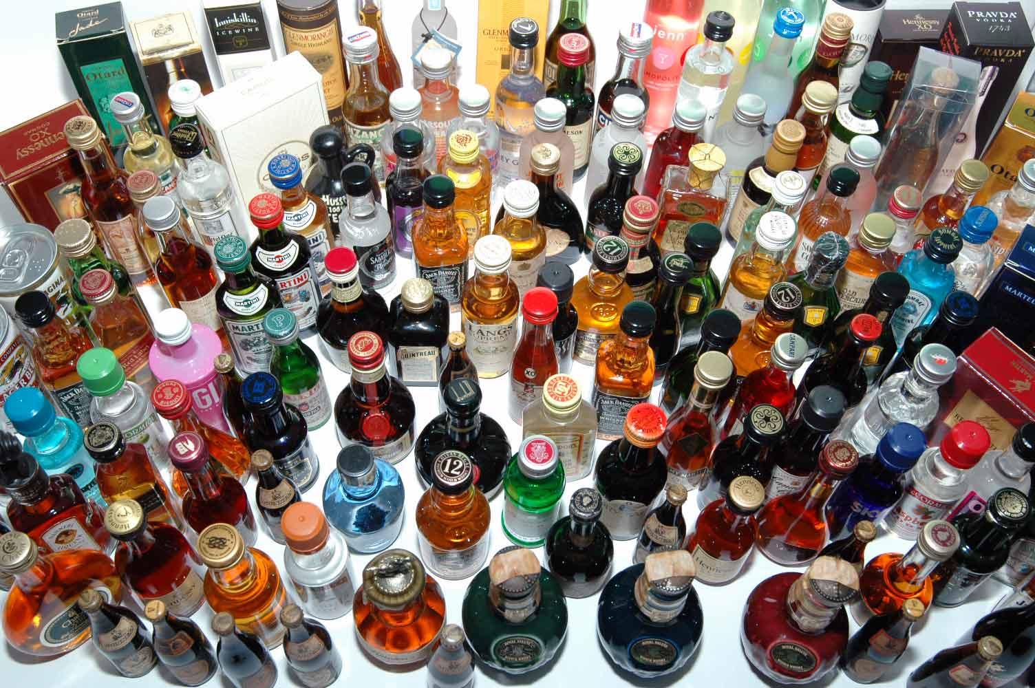alkoholisches mixgetränk mit 4 buchstaben