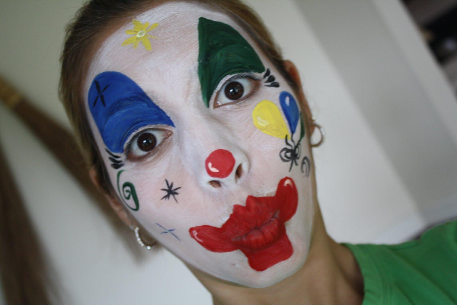 Balloon Face Painting