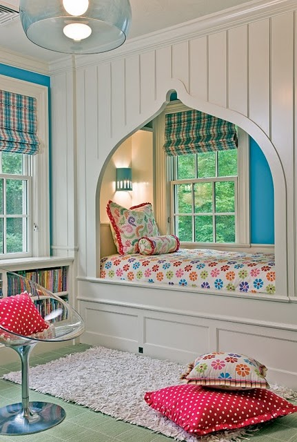 Pretty Things Design Bed Nooks