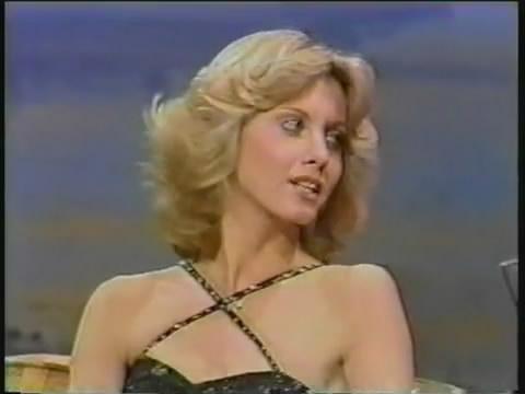 Olivia Newton John Johnny Carson 12 11 1976 Celebs On Tv