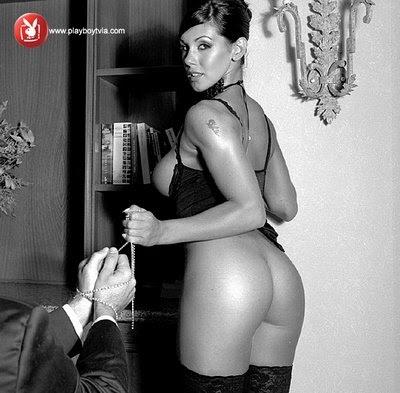 Monica Farro Nude 101