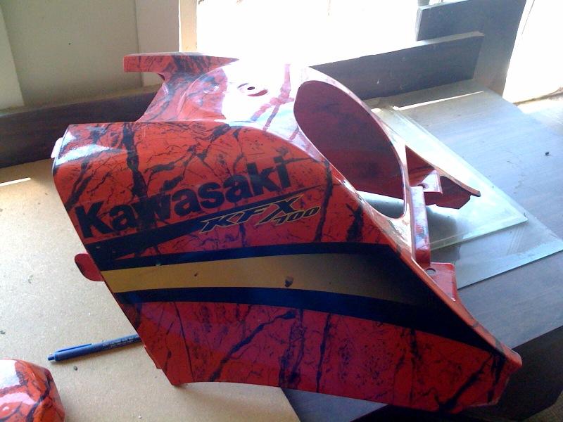 Kawasaki Kfx 700 Marble Red Gas Tank Cover And Fuel Cap