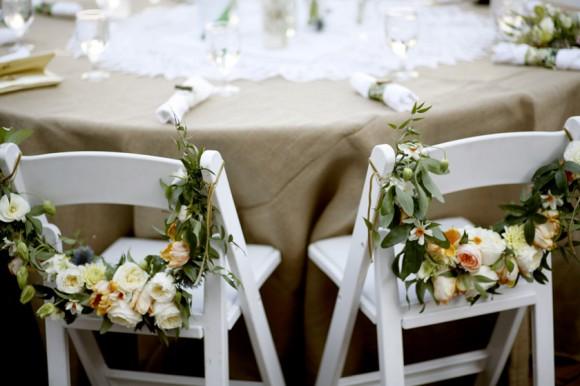 Love Rocks: Blooming wedding chairs.