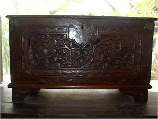 Koleksi Furniture antik