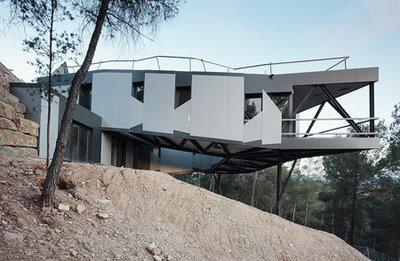 proyectos de arquitectura casas en parcelas con desnivel