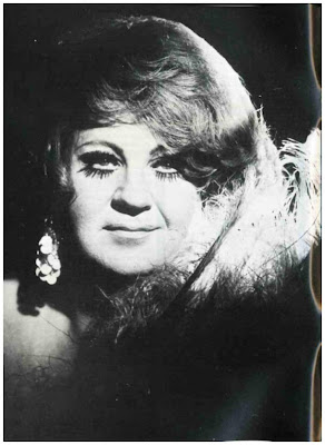 A Day with The Mistress Borghese: DRAG HISTORY   SOME EARLY