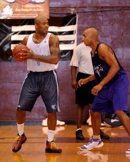 elliot henderson basketball