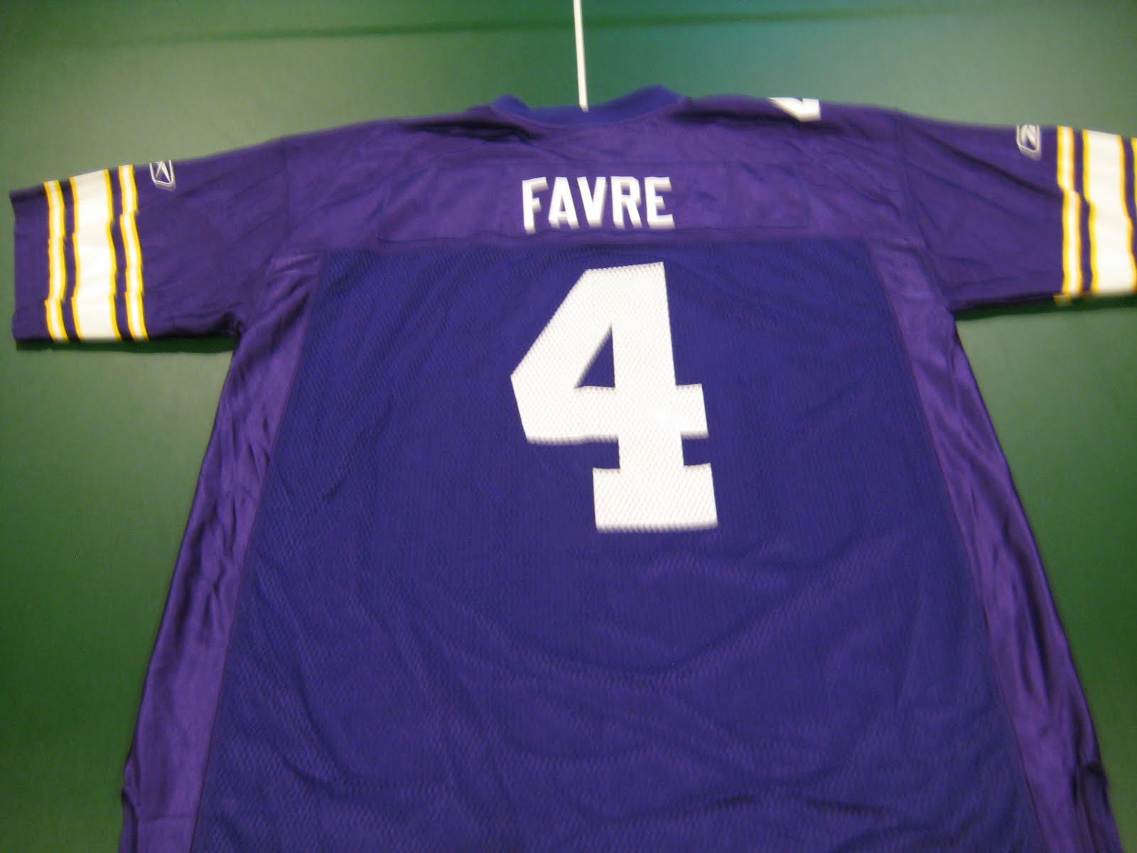 finest selection d63f6 ce93c Bmac's Jerseys: Brett Favre Replica Alternate/Throwback Jersey