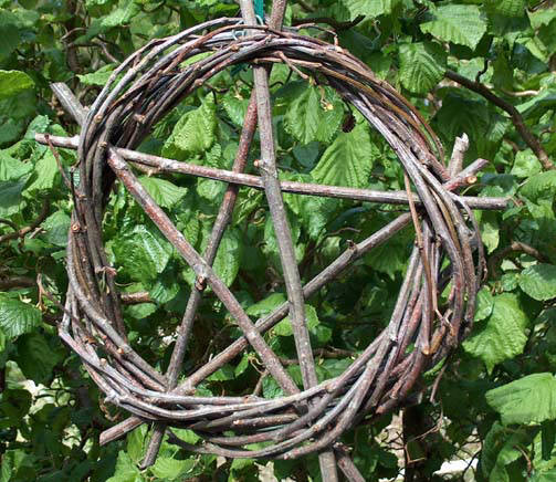 Apple Cores Are A Myth: SilentOwl: The Apple And The Pentagram