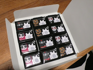 Photo of open pack of 12 Poken