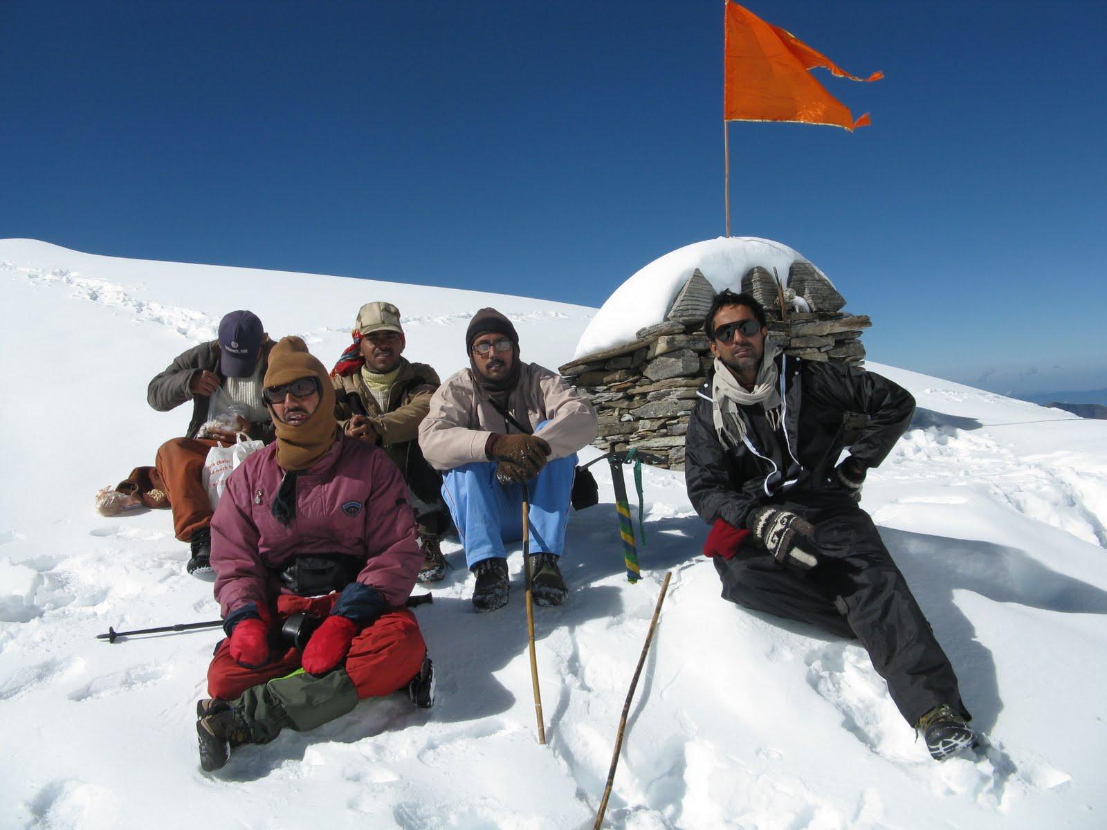 roopkund trek team