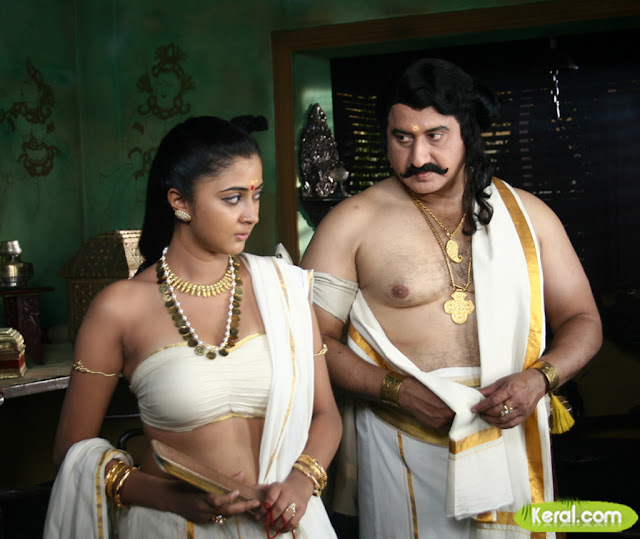 kaniha-hot-navel-and-cleavage-show
