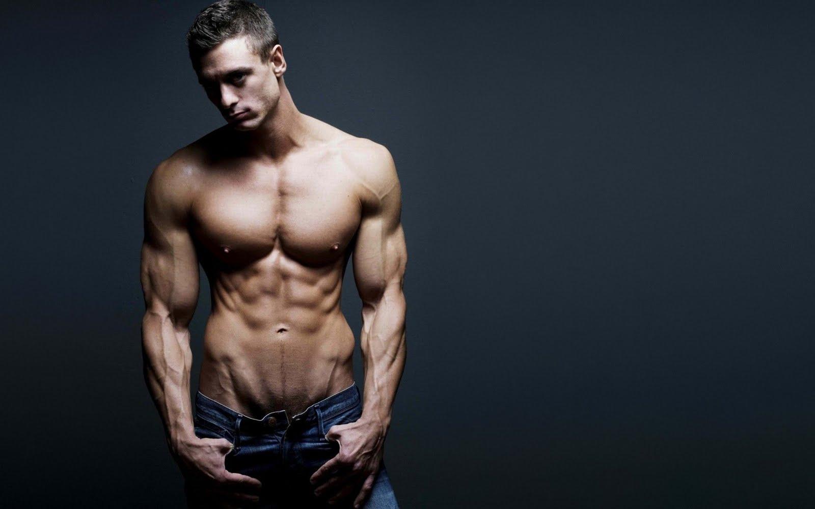 Без красивы мужчин фото однжды голых