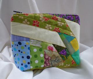 http://szycieuli.blogspot.co.uk/2010/11/crazy-patchwork-tutorial.html