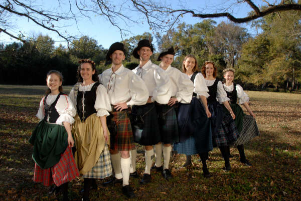 """Groupes européens """"écoles à la maison""""…Yodel, Varègues russes et mélanges celtes …de l'Amérique … Burgund's Harmony …Intégration Viking….. racines suisses…"""