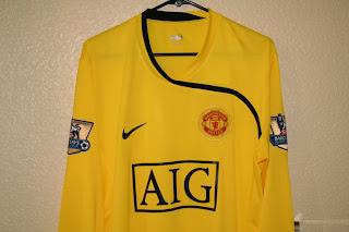 dd9e9d547 The Football Kit Room  2008-09 Manchester United Kits