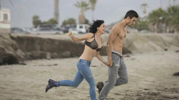 Katy Perry Josh Kloss In Steamy Sexy Teenage Dream Lyric Video