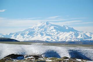 Mount Elbrus, Kaukasus (5.642 m) (Eropa)