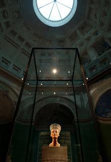 Lo spazio Nefertiti(North Dome Camera) © Musei Nazionali di Berlino, fotografia: Achim Kleuker