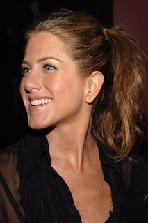 Hollywood Celebrities: Jennifer Aniston Profile