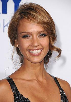 Hollywood Celebrities: Jessica Alba Profile