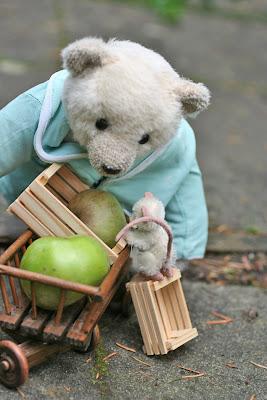 Kleine Bären Wars bären in haus garten ernteeinsatz