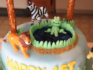 Pretzel Birthday Cake Place In Illinois