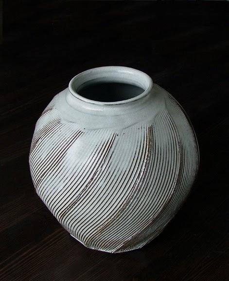 純青窯 Natural Green Pottery Textured Vases