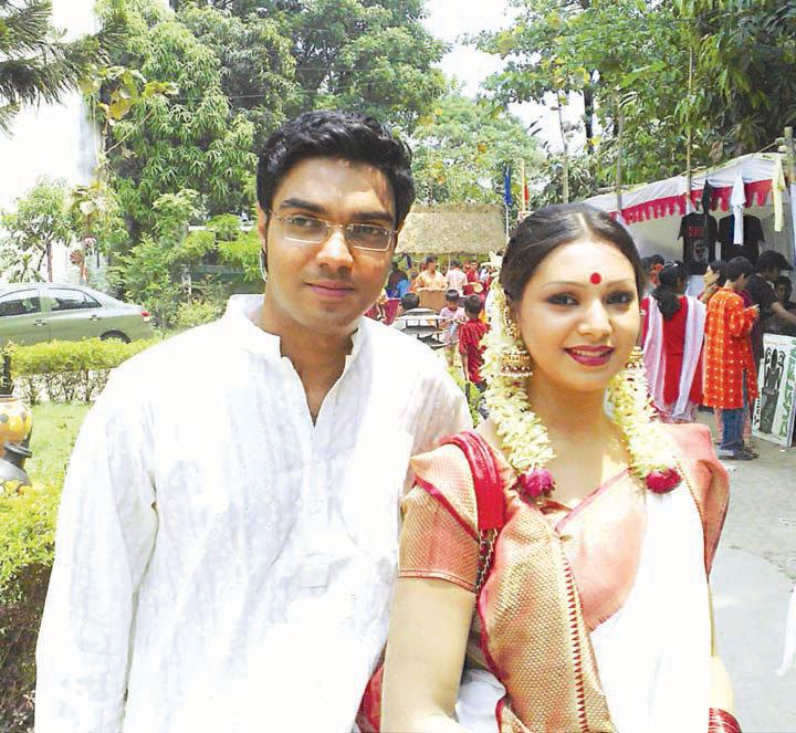 Sadia Jahan Prova: Sadia Jahan Prova And EX-boyfried Rajib Together Pics