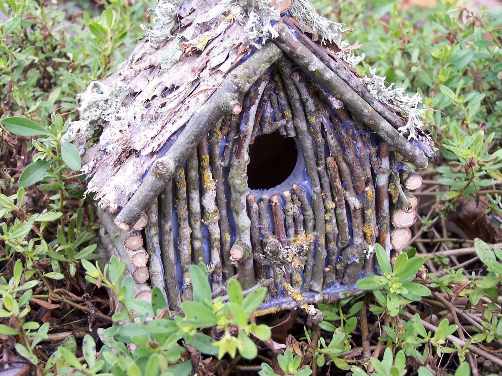 Tremendous Dollar Store Christmas Birdhouse Creative Green Living Home Interior And Landscaping Palasignezvosmurscom