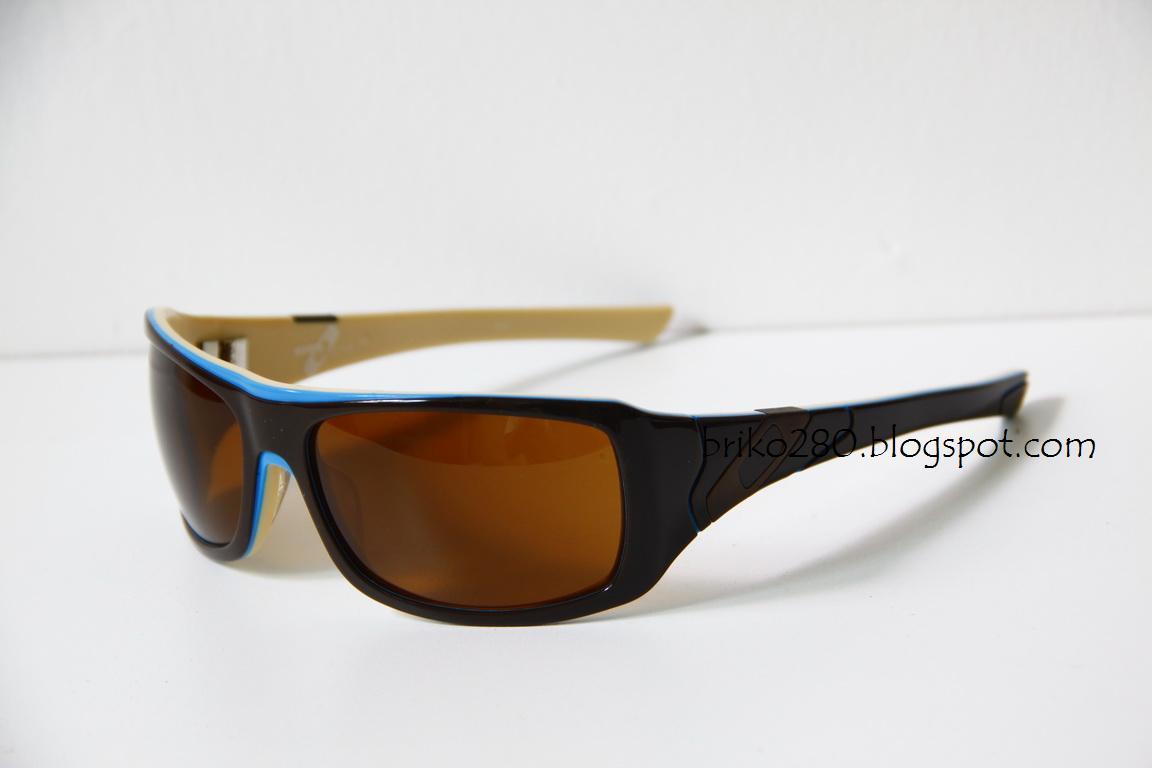 42f0d68c6a1 Oakley Sideways Black « Heritage Malta