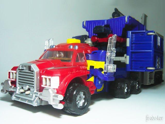 Transformers : Optimus...