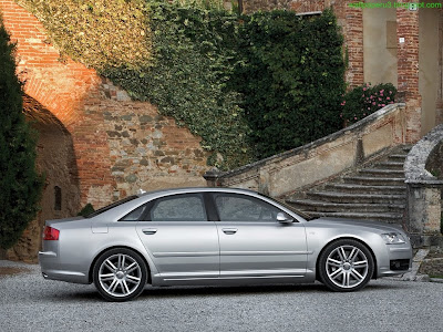 Audi S8 Standard Resolution wallpaper 5