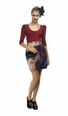 507a1d288 Algumas das tendências d e outono inverno 2010 estão agradando em cheio a  mulher mais atenada no universo fashion. Porém quem pensa que as saias só  devem ...