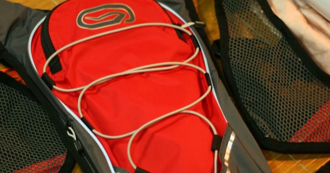 島嶼24小時: DECATHLON(迪卡儂)賣的水袋背包