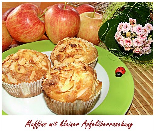 kaffeeklatsch einfache und schnelle rezepte muffins mit kleiner apfel berraschung. Black Bedroom Furniture Sets. Home Design Ideas